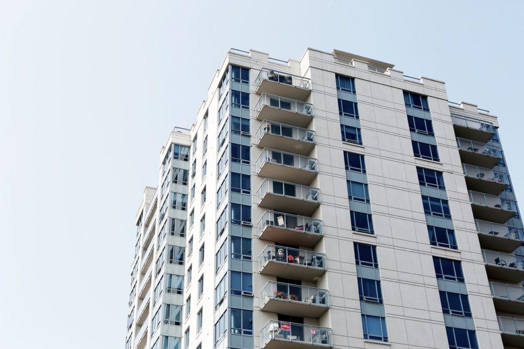 共働きの賃貸物件、郊外と都内の比較