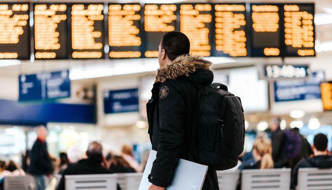 父子旅行にベビーカーは持っていくべき?スーツケースがいい?リュックがいい?旅のスタイルまとめ